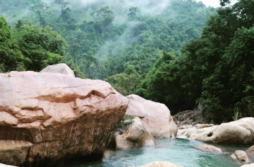 Tuyệt tình cốc suối Ba Hồ – chốn thiên đường giữa núi rừng.