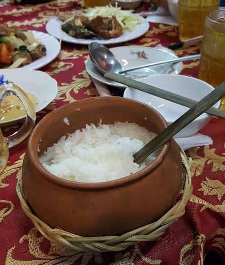 Quán cơm niêu  Đông Dương