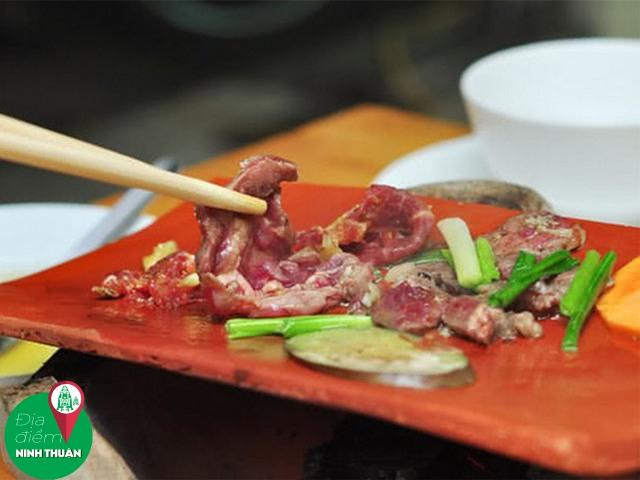 Bò nướng ngói Đô – Khu K1, Phan Rang
