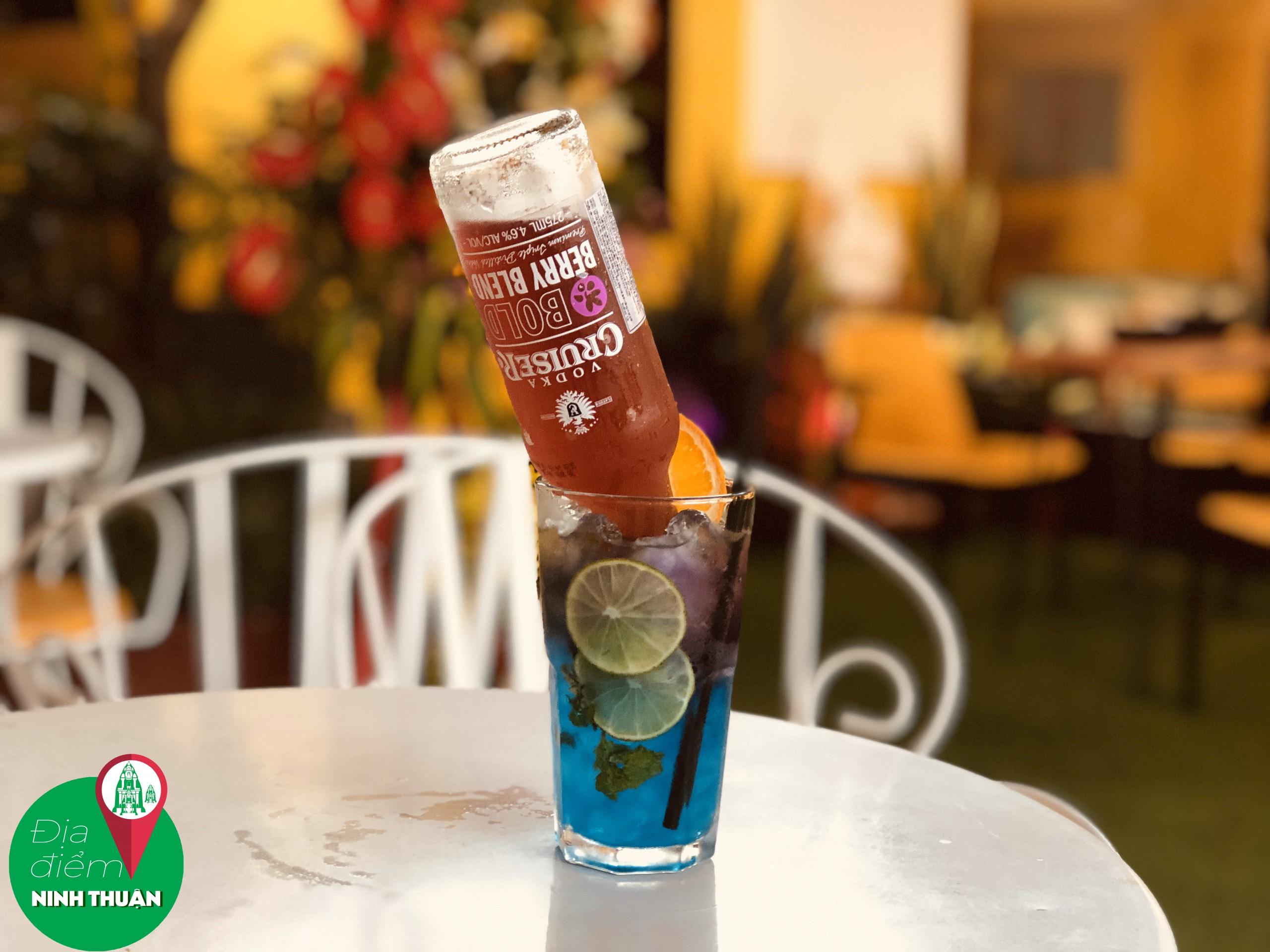 LAIKA Coffee & Beer