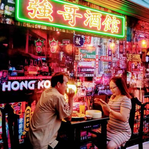 Ngất ngây với Coffee & Beer phong cách HongKong của những năm 90s tại Phan Rang